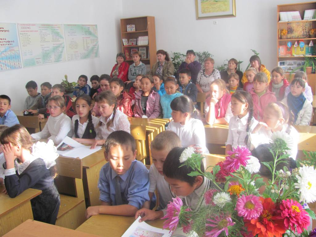 Работа с подшефными школами